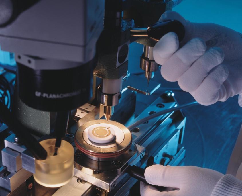 Produktion der Ceracore Messzelle